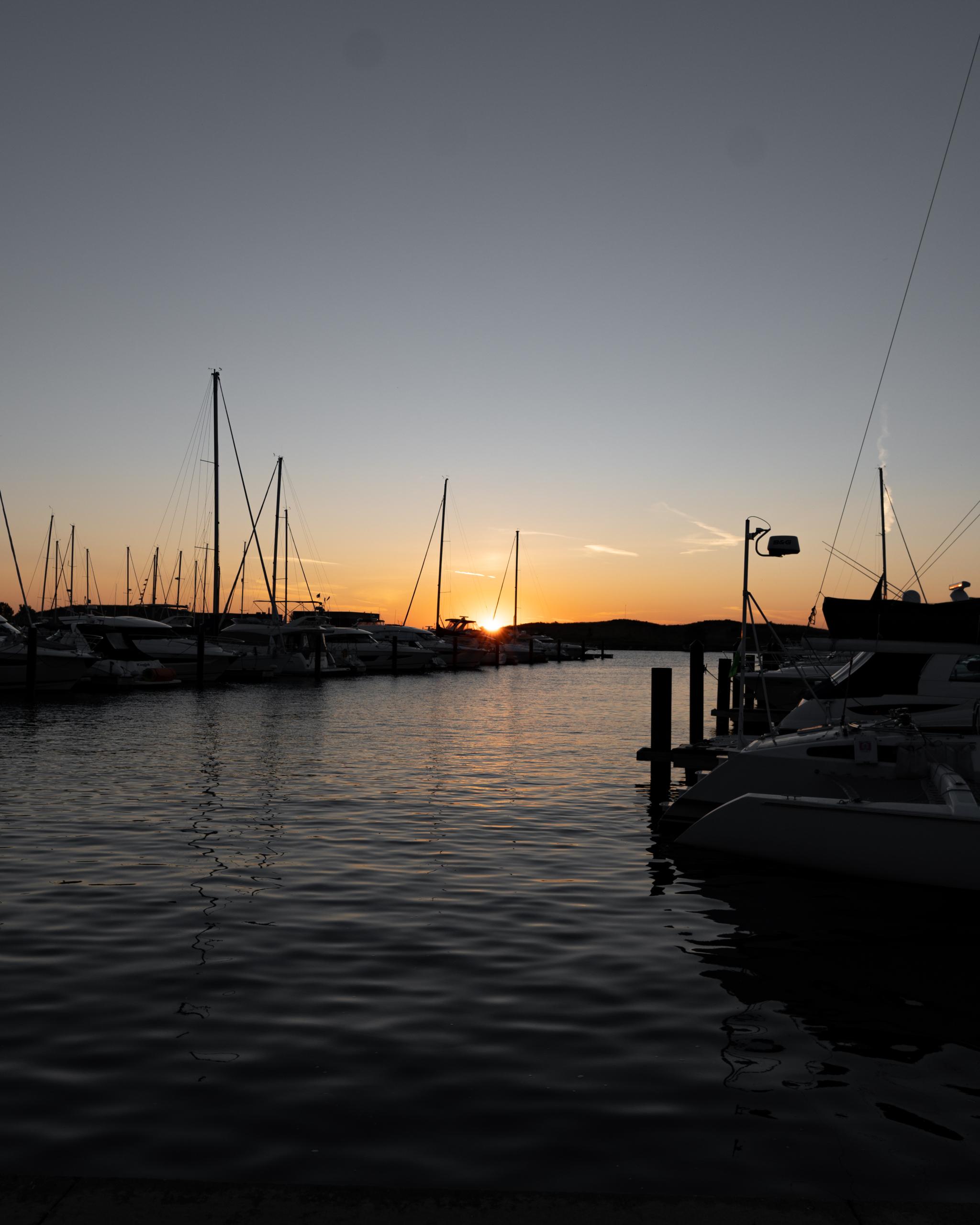 Photographing Chicago Lake Michigan Sunrise